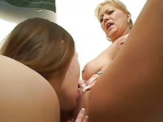 wicked lesbo learns from aged lesbian