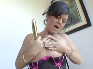 mom wishes big rod but now gold sextoy hv