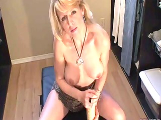 blond mother id like to fuck squirts with massive