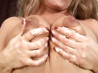 breasty milf eve adams receives a nice sex-toy