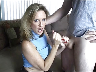 mom gives tugjob toyoung lad