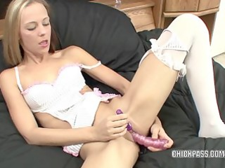 lascivious chick penelope sky is fucking her toys