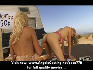 breathtaking golden-haired lesbos toying slit