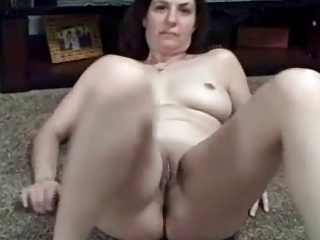 non-professional wife fingering