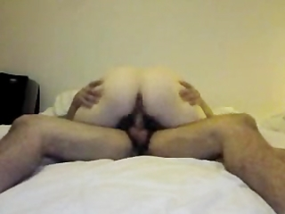pregnant milf gets drilled