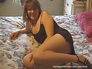 homemade movie of this threesome with dark brown