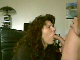 wife doesnt love cum... but takes it is anyway!