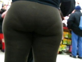 candid brown spandex bubbled out d like to fuck