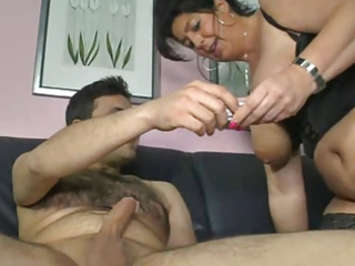 german mommy shows lad how to make a woman cum