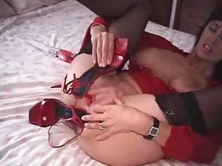 milf masturbation whit shoes