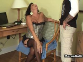 mature busty cougar smokin oral-sex with son