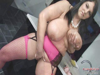 carol brown melons play &; dildo fuck