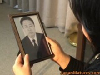 japanese mature honey has hawt sex