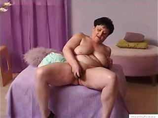 011 years granny mariska masturbates at home