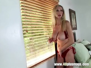 big tit housewife cookie toying