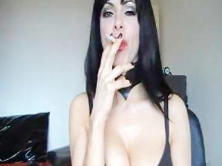 sexy cam smokin mother i