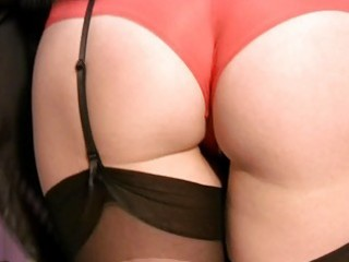 horny mother i in nylons and pants plays solo