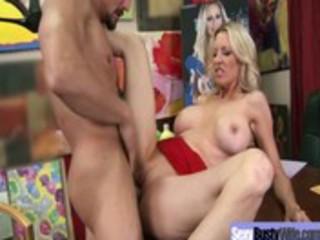 large tits mamma receive hardcore sex act vid-111