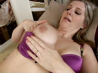 breasty older mama tonya