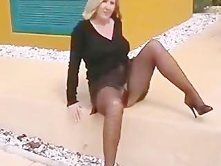 flashing pantyhose housewife doxy exposing on