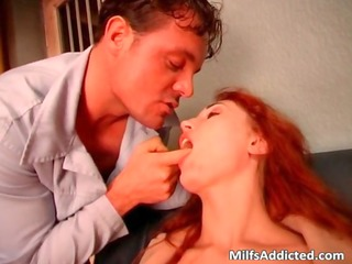 incredible redhead d like to fuck sucks stiff cock