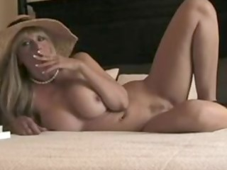 sexy stepmom smokin and fucking