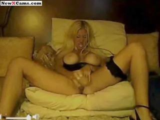 older blond large milk sacks webcam show