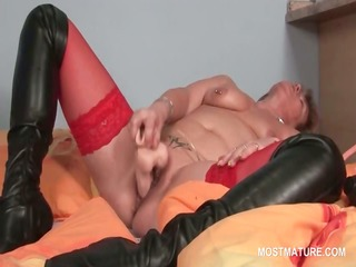 pussy masturbation with sex toy for tattooed