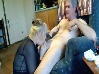 amateur mature fellatio pleasure-sex on couch