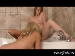 mommy and daughter in bathtub