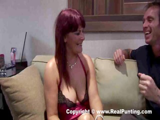breasty cougar gets her pussy fingered