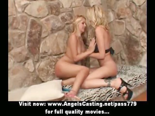 lesbo pair in 117 and toying cunt with blue