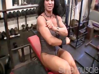 rhonda lee quaresma in the gym
