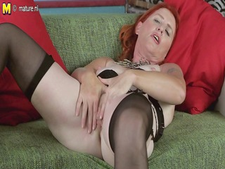 wicked red mature lady fascinating her slit