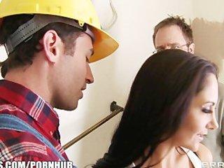 concupiscent brunette hair wife ava addams bonks