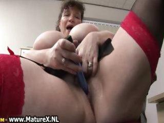 horny fat mature lady copulates
